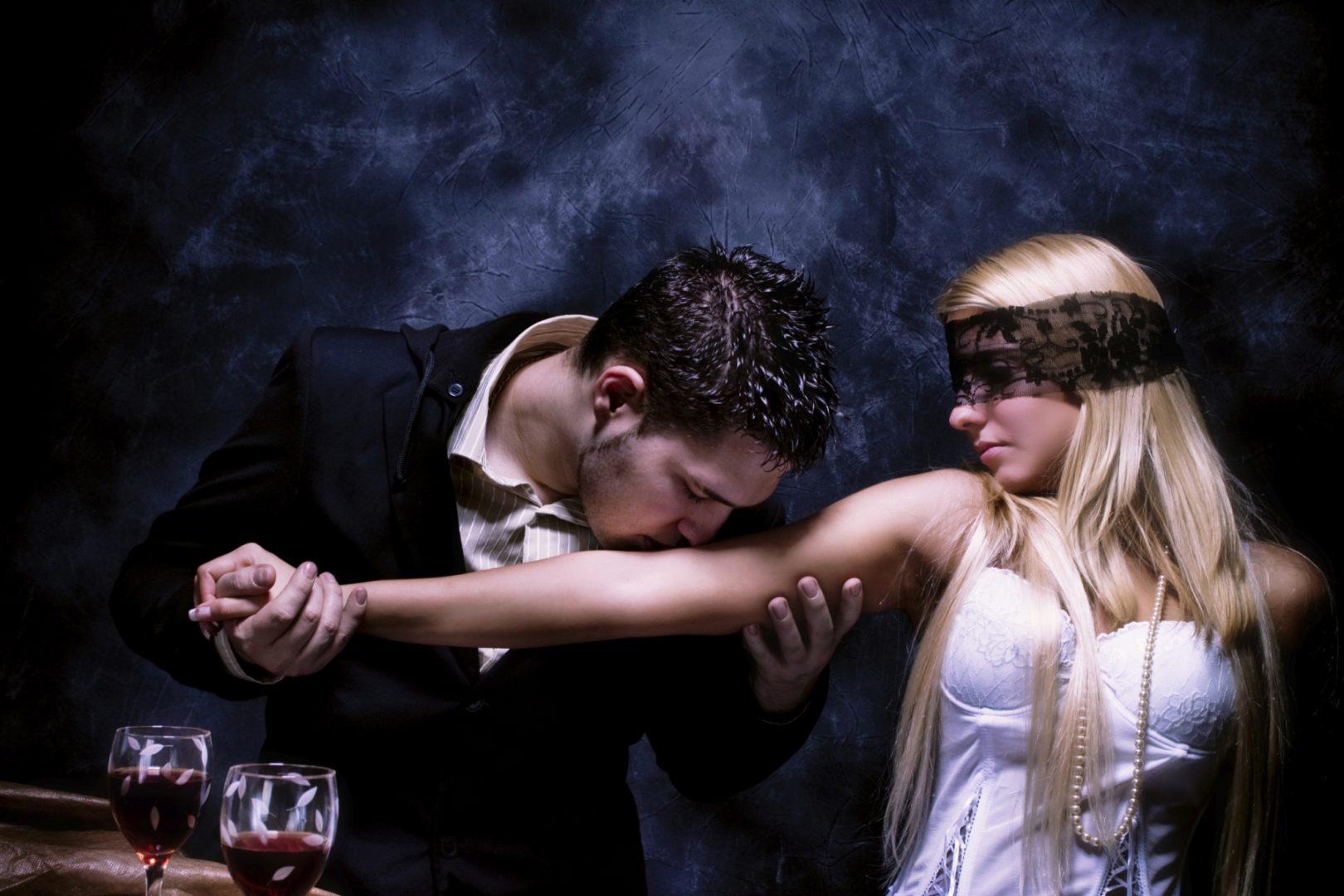 Сценарии сексуальных игр со связыванием